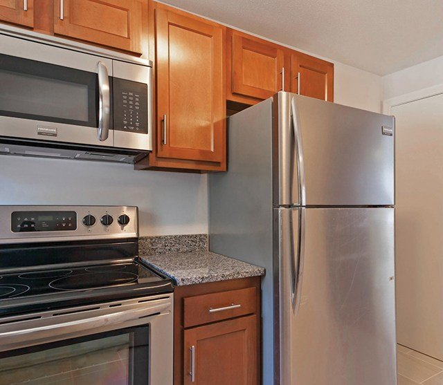 Colonial Village Apartments: Colonial Village Apartments For Rent In Plainville, CT